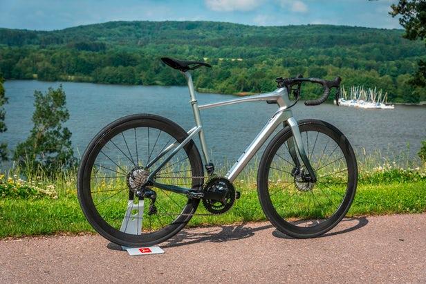 دوچرخه مرسدس بنز فیبر کربن ترمز