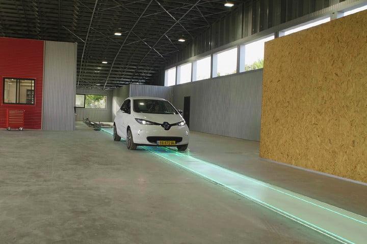 سوئد خودروهای برقی باتری خیابان برقی